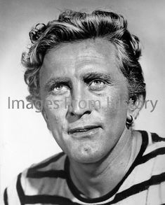 Print Kirk Douglas Leagues under Sea Blonde Actresses, Black Actresses, Young Actresses, Female Actresses, Actors & Actresses, Marlon Brando, Judy Holliday, Hollywood Actor, Classic Hollywood