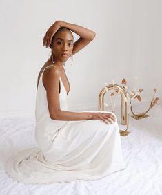 LOHO BRIDE (@loho_bride) • Instagram photos and videos Minimal Wedding, One Shoulder Wedding Dress, Bride, Photo And Video, Wedding Dresses, Photography, Clothes, Instagram, Videos