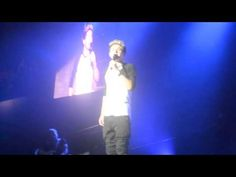 "Nialls Speech, SInging Miley, ""Party Time"" Perth Arena 28/9 - YouTube"