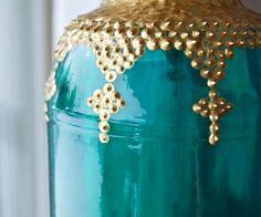 DIY Moroccan inspired jar lanterns -- puff paint on colored jars, great tutorial. Morrocan Lamps, Moroccan Lanterns, Moroccan Decor, Moroccan Style, Mason Jar Lanterns, Mason Jars, Lantern Designs, Boho Diy, Bohemian