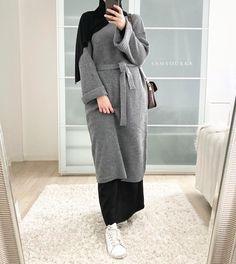 Hijab Fashion Summer, Modest Fashion Hijab, Modern Hijab Fashion, Street Hijab Fashion, Hijab Fashion Inspiration, Muslim Fashion, Abaya Fashion, Fashion Dresses, Hijab Style Dress