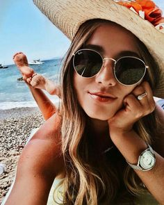 Fotos am Strand - Fotos - # Check more at urlaubs. - Fotos am Strand – Fotos – # Check more at urlaubs. Beach Photography Poses, Photography For Beginners, Fashion Photography, Children Photography, Photography Ideas, Photography Women, Creative Photography, Photo Summer, Summer Pictures