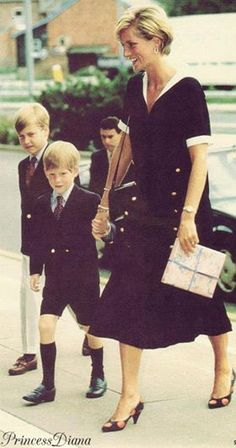 Visita a um hospital Princesa Diana e seus filhos