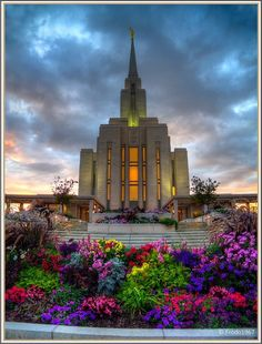 Oquirrh Mountain Temple, Utah...BEAUTIFUL