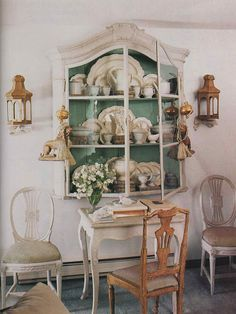 Love the color that is on the inside of the china cabinet. I am thinking about doing something similar to mine that I got from Granny.