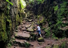 7 Best Family Hikes & Walks in the Peak District - We Travel in Threes Hiking Places, Places To Travel, Places To See, Lake District, National Holiday List, National Holidays, Peak District England, T6 California, Us Holidays