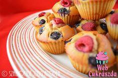 Málnás-áfonyás muffin