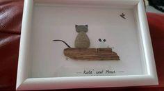 """Ich habe dieses wunderschöne Bild selbst aus Strandsteinen hergestellt. Die Steine habe ich von der...,Steinbild Ostsee Treibholz Seeglas Strand """"Katz und Maus """" in Brandenburg - Zeuthen"""