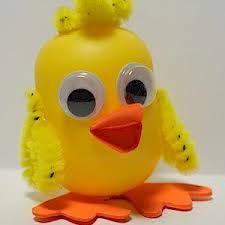 Resultado de imagen de plastic eggs easter crafts