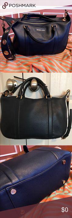 //Traded//Micheal KORS Raven Handbag New with tags Michael Kors Bags Satchels