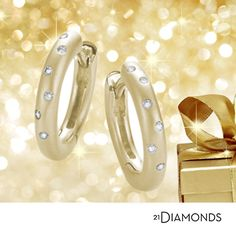 Kultakorvakorut timanteilla lahjaksi rakkaallesi? #21Diamonds