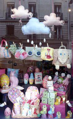 Caravane Faubourg boutique, Paris. Poétique pour Enfants. Concept store, Deco, Cadeaux, Naissances.
