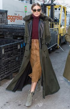 Olivia Palermo street style with military coat. #oliviapalermo #military