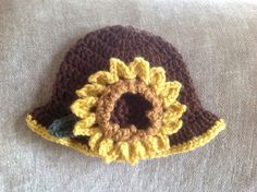 My little sunflower hat.
