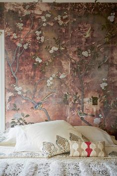 Home of Erica Tanov love the antique chinoiserie wall hanging behind the bed Tapetes Vintage, Interior Inspiration, Design Inspiration, Interior And Exterior, Interior Design, Bedroom Decor, Wall Decor, Bedroom Lighting, Basement Bedrooms