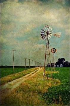 country road passing by a windmill Country Farm, Country Life, Country Girls, Country Roads, Old Windmills, Country Scenes, Down On The Farm, Old Barns, Le Moulin