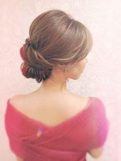 ★IRIS★大人きれいシニヨン/ヘアセットサロン IRIS 【イリス】 をご紹介。2017年夏の最新ヘアスタイルを100万点以上掲載!ミディアム、ショート、ボブなど豊富な条件でヘアスタイル・髪型・アレンジをチェック。
