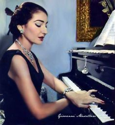 Maria Callas playing the piano (Photo edited by Giovanni Mascellaro) Maria Callas, Jacqueline Kennedy Onassis, Opera Singers, Real Style, Piano Lessons, Timeless Beauty, Classical Music, Old Hollywood, Beauty Hacks