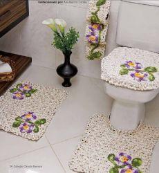 Jogo de banheiro com flor