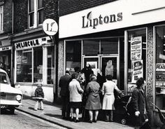 Showing my age but I remember a Liptons in the Liverpool city centre Liverpool City Centre, North East England, Love Now, Historical Pictures, My Memory, Married Life, Durham, Back In The Day, Looking Back