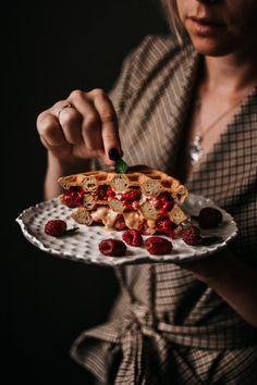 Vafle s lesními plody • CukrFree.cz Low Carb Desserts, Great Recipes, Cooking, Fitness, Food, Kitchen, Essen, Meals, Yemek