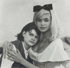 Jayne Mansfield and her daughter Mariska Hargitay by Diane Arbus
