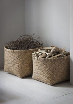 Great for storaging your logs for the fire! - HOME Beautiful Bamboo Baskets. Great for storaging your logs for the fire! - HOME - Beautiful Bamboo Baskets. Great for storaging your logs for the fire! - HOME - Firewood Storage, Storage Baskets, Living Room Inspiration, Interior Inspiration, Rock My Style, Style Uk, Decoration Entree, Bamboo Basket, Seagrass Baskets