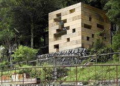 Innovadoras fachadas de casas hechas con materiales inusuales