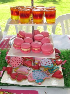 Mad Hatter Tea Party Ideas | found on catchmyparty com