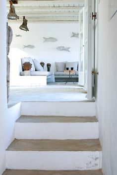 Greek architect George Zafiriou was commissioned to design this house on the island of Serifos by a well know Italian fashion designer. Coastal Living, Home And Living, Living Room, Beach House Style, Casa Petra, Interior And Exterior, Interior Design, Greek House, House By The Sea