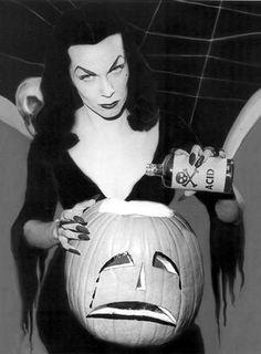 #halloween #DiaDasBruxas  https://www.crackle.com.br/c/Halloween
