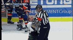 This Referee Scolds a Hockey Player Like a Child - Some real funny stuff here. Fresh, daily GIFs that are the type that just keep on giving. Referee, Like A Boss, Hockey Players, Ice Hockey, Current Events, Funny Pictures, Baseball Cards, Children, Sports