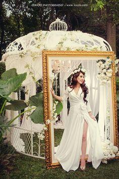 Moulin Rouge wedding inspiration. I'm not planning a wedding I just like Moulin Rouge okay?!?