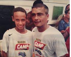 Neymar e Romário, duas gerações de craques. Foto: reprodução Young Football Players, Football Icon, Good Soccer Players, Sport Football, Neymar Jr, Vintage Football, Cute Little Baby, Psg, Retro