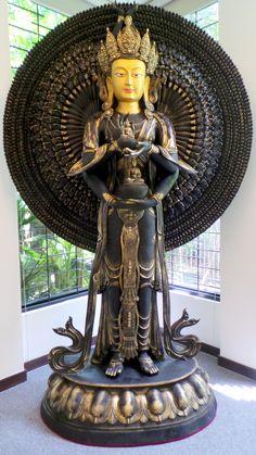 1000 armed Manjushri - Breathtaking