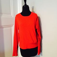 ❗️️️️️️LAST CHANCE GAP Red Sweater! ❗️️️️️️LAST CHANCE❗️GAP Red Sweater. Retails $79! Excellent barely used condition. Size large. 100% cotton. consider all strong offers so feel free to make an offer & it's yours! Snatch it up before someone else does! ASAP shipping! Extra 30% off on bundles! Suggested User  GAP Sweaters