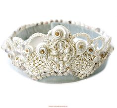 O o a k Vintage Shellwork Mother of Pearl Mermaid Tiara ~  Crown, lovely soft velvet band