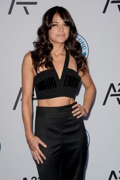 Michelle Rodriguez -- look at those abs!