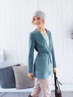 burda style, Schnittmuster, Leder nähen - Schicke Jacke aus Leder mit offenen Kanten und Bindebändern in den Seitennähten, Nr. 132 aus 11-2012