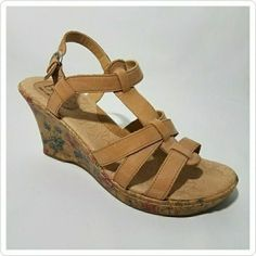 B.O.C. Born Concept Women's Leather Tan Floral Wedge Heel Sandals Size 10 Shoes