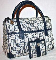 Givenchy, Lanvin, Sac Week End, Vintage Monogram, Vintage Handbags, Monogram Canvas, Purses And Bags, Dior, Vintage Outfits