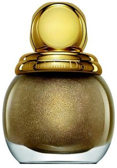 The Dior Golden Shock Holiday 2014 Makeup Collection is launching soon! This gorgeous Holiday 2014 Collection from Dior uses the Holiday's signature color Dior Nail Polish, Dior Nails, Metallic Nail Polish, Nail Polish Trends, Nail Polishes, Skin Makeup, Beauty Makeup, Dior Beauty, Dior Collection