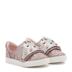Pink glitter low top sneaker featuring an adorable silver glitter embellished tiara on the velcro toe strap. Perfect for your little princess. Toddler Shoes, Kid Shoes, Baby Shoes, Silver Glitter, Little Princess, Royalty, Slip On, Mini, Sneakers