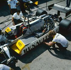 Renault RE30B - Renault V6 (t/c) (590bhp),1982