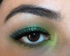 St. Patrick's Day eye look using the Urban Decay Electric Palette and NYX eyeshadows