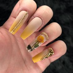Oh my goodness Coffin Nails Matte, Glam Nails, Best Acrylic Nails, Bling Nails, Acrylic Nail Designs, Cute Nails, Pretty Nails, My Nails, Stiletto Nails