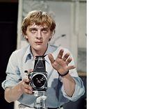 'Blow-Up', de film over een fotograaf die in de donkere kamer ontdekt dat hij een moord heeft vastgelegd – of toch niet – is 50 jaar oud. Regisseur Michelangelo Antonioni betrok een aantal fotografen bij de realisatie. Dat betaalde zich terug: de film werd een kassucces en een inhoudelijk sterke klassieker. De film 'Blow-Up' van …