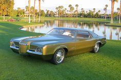 Pontiac Grand Prix, either a concept car or a custom.  Very nice whichever.