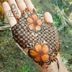 Khafif Mehndi Design, Latest Henna Designs, Floral Henna Designs, Mehndi Designs Feet, Stylish Mehndi Designs, Mehndi Designs For Beginners, Mehndi Designs For Girls, Mehndi Design Pictures, Wedding Mehndi Designs