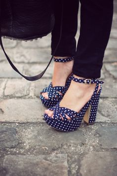 fan of polka-dotssss :P this are so cute!